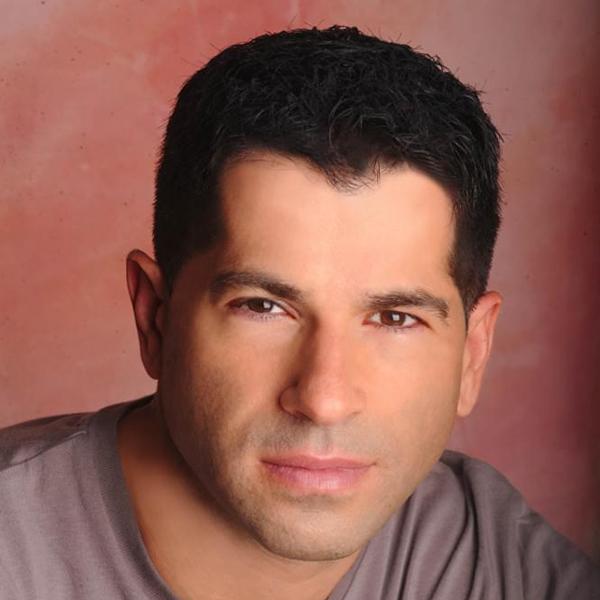 Portrait picture of Professor Liav Orgad